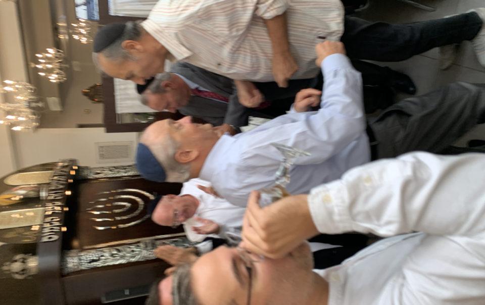 Yoni ELMALEH chanteur Brit milah synagogue rue ancelle Neuilly sur Seine